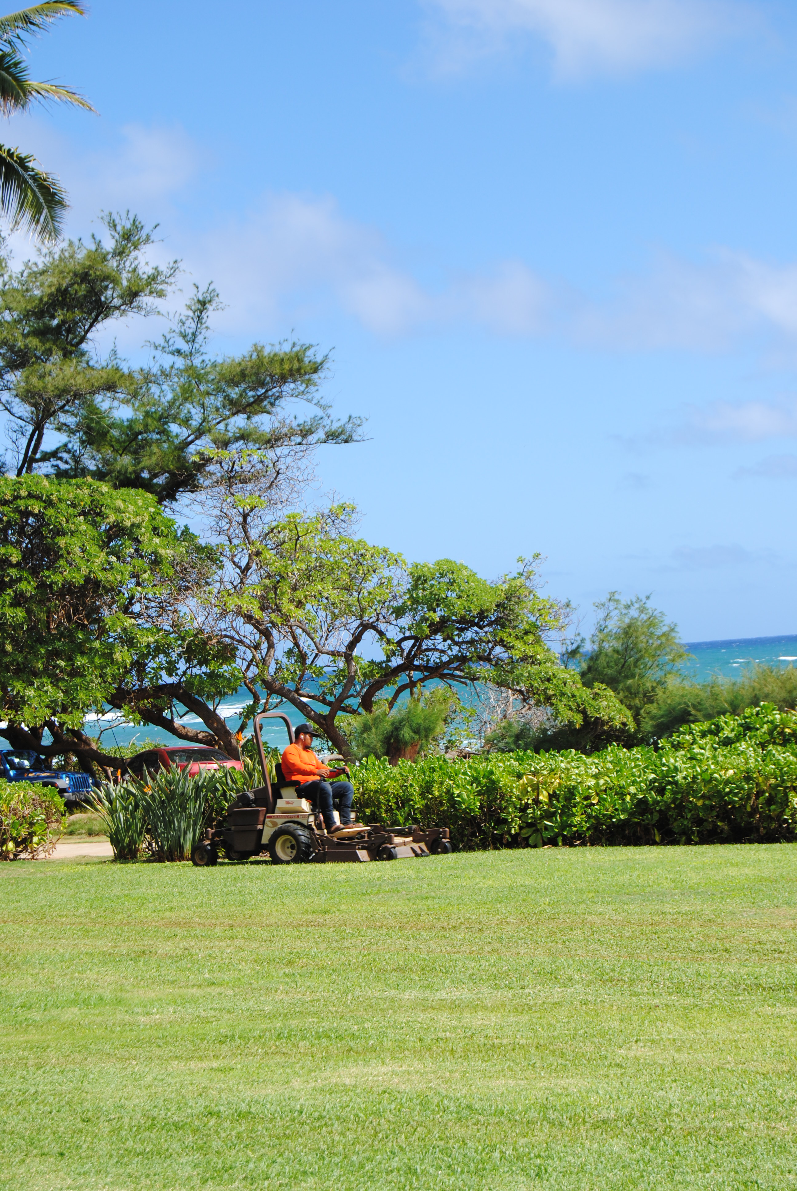 The business relationship between Kaha Lani Resort and No Ka Oi kicked off in August 2014.